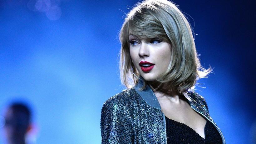 Taylor Swift dépose sa marque 1989