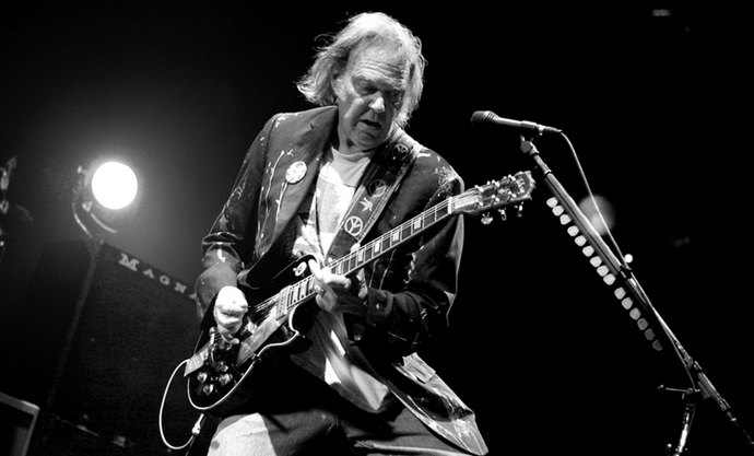 Neil Young changera-t-il de nom ?