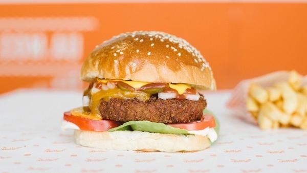 Changer de nom pour des burgers gratuits