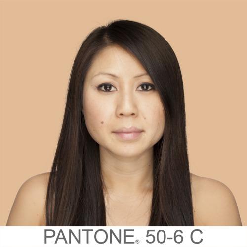 Pantone (8)