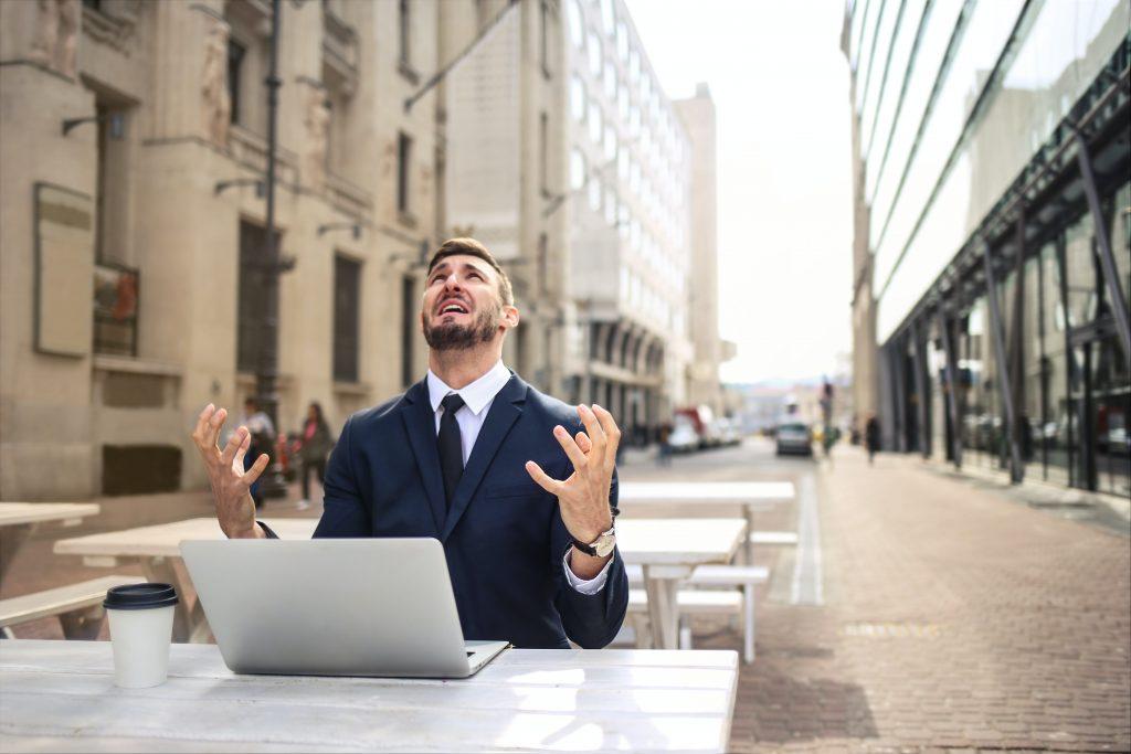 tendance-naming-business-entreprise-burnout-agence-de-naming-énékia-paris