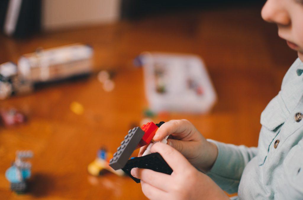 lego marque enfance - agence énékia naming paris